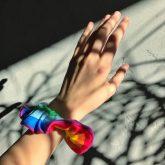scrunchie-hand